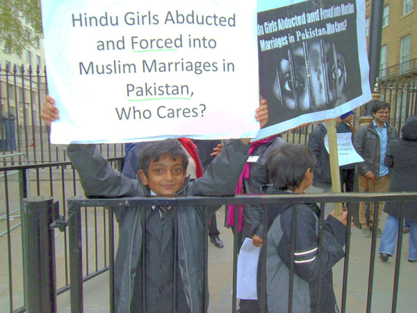 Pakistani Hindu Girls kidnap and Forced Marriages‏