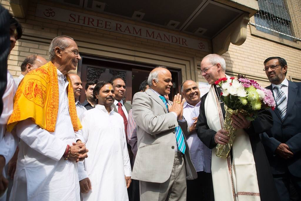 art-500-Umesh Sharma with the Archbishop Justin Welby
