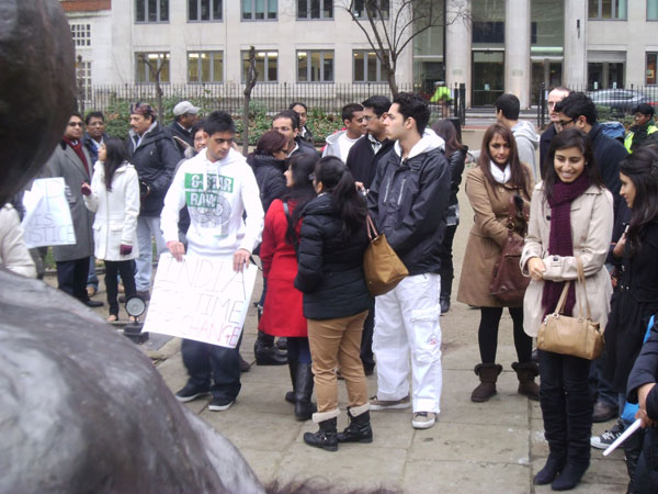 Hindu Council UK (HCUK) joined hands for Candlelight Vigil for India's Brave Heart, to urge the Government of India to enforce harsh laws on Rape Cases in order to bring the perpetrators to justice for the violent offences they commit against women.