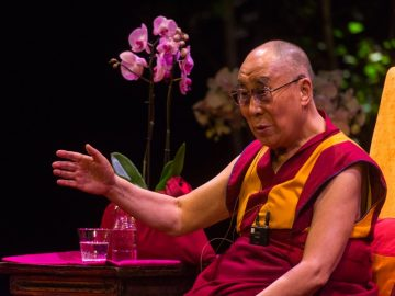 His Holiness The Dalai Lama's talk to an audience of 2300 people in celebration of 'Ahimsa - India Day'